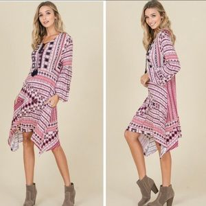 Dresses & Skirts - NWT. Bubble sleeves dress. Size L. Gorgeous!